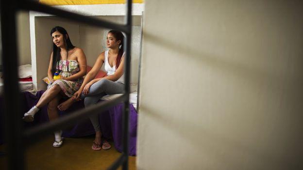 заключенные в тюрьме для женщин