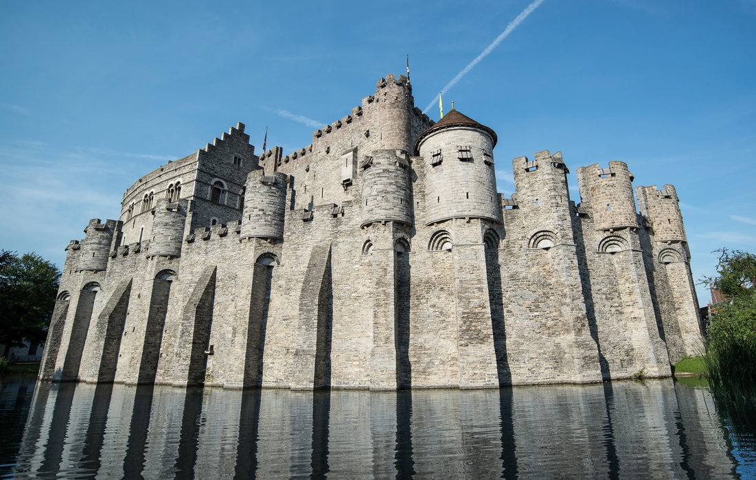 Castle Fortress – high-quality wall murals with free US delivery – Photowall