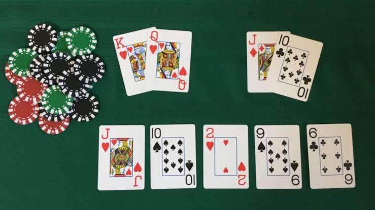 5 Myths About Texas Holdem