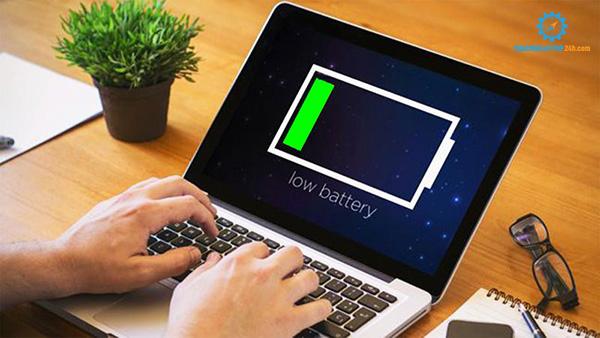 sạc pin laptop có báo sạc nhưng máy không lên % pin