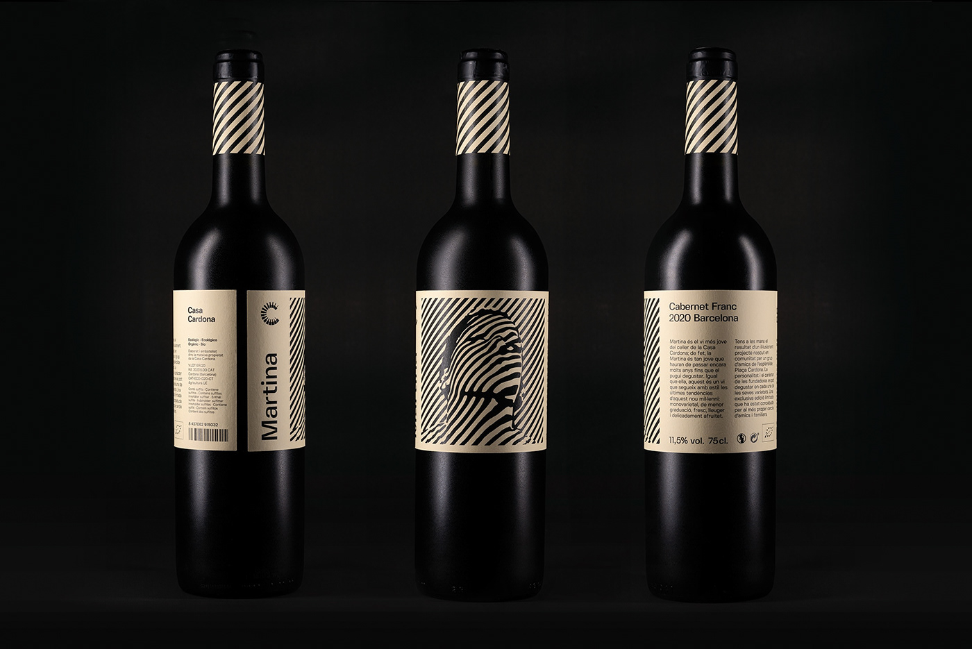 """Packshot of """"Martina"""" Cabernet Franc wine bottle"""
