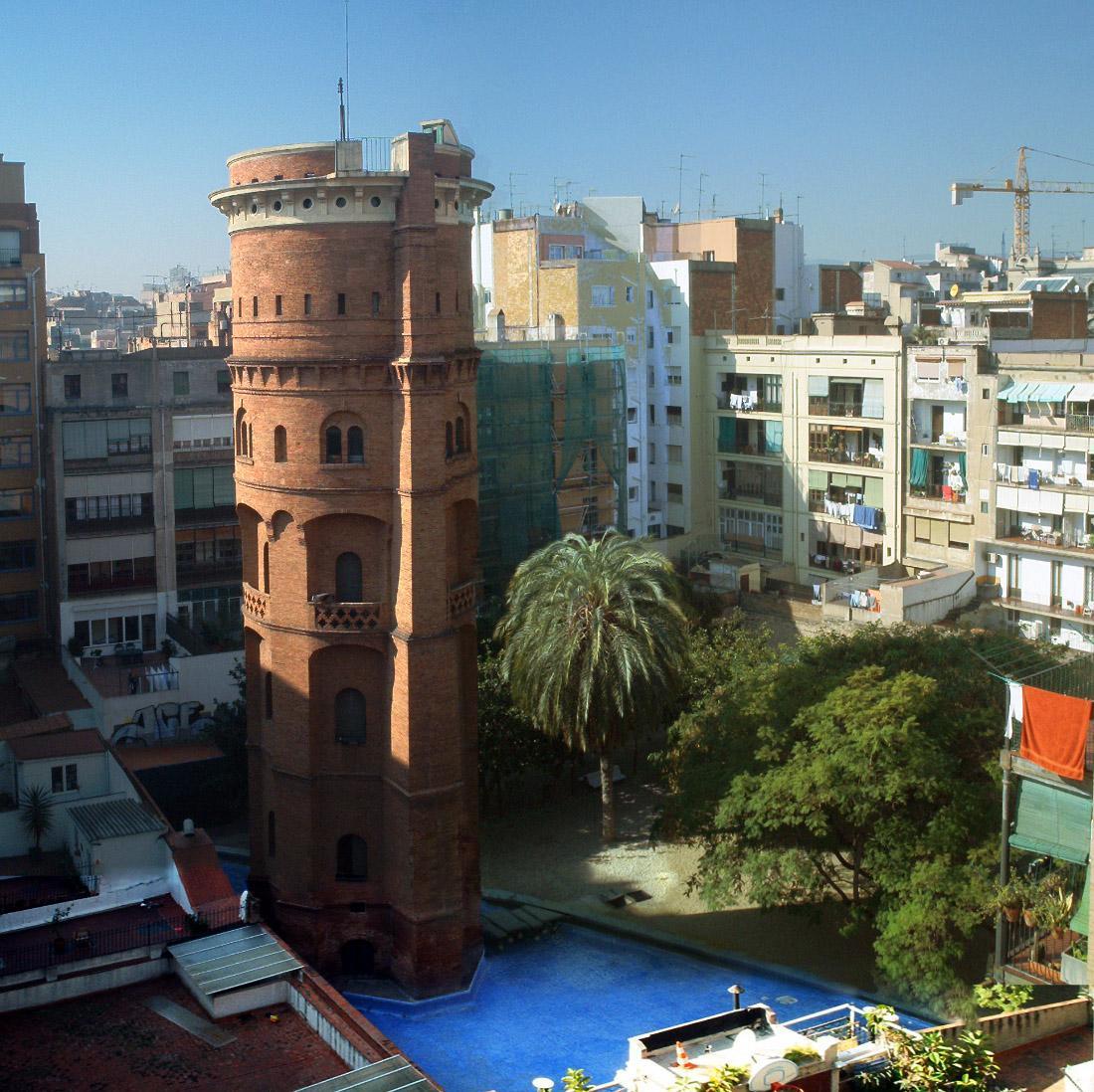 jardins de la torre de les aigues pool barcelona