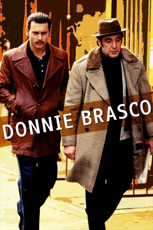 """فيلم و قصة a Twitteren: """"Donnie Brasco (1997) قِصة حقيقيّة حول عميل سِرّي  من مكتب التحقيقات الفيدرالي، يتغلغل وسط إحدى أخطر العصابات في نيويورك،  لإكتشاف مخططاتهم الإجراميّة. جريمة 10/7.8… https://t.co/Tp1ZYj35jw"""""""