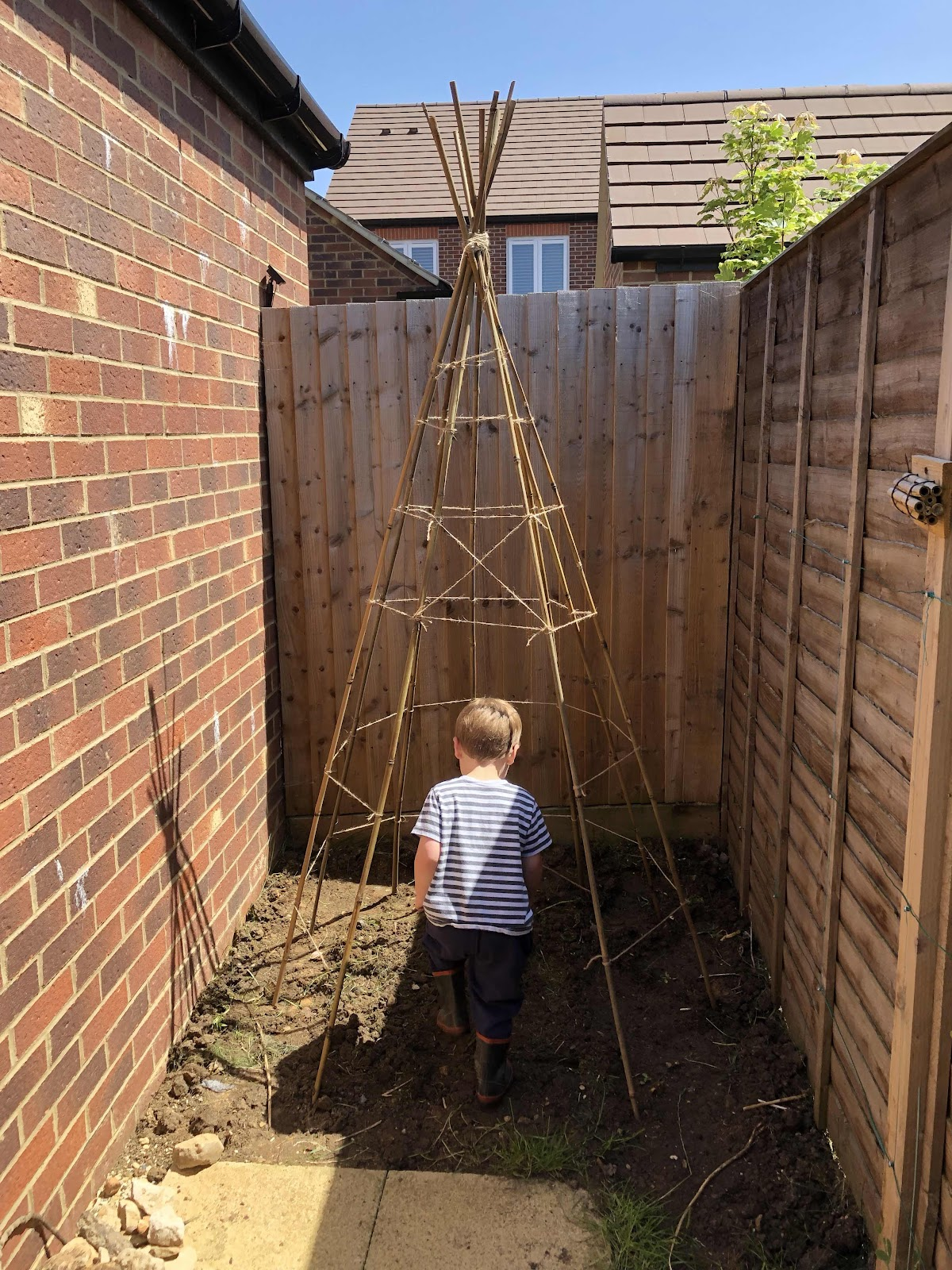 children's play teepee