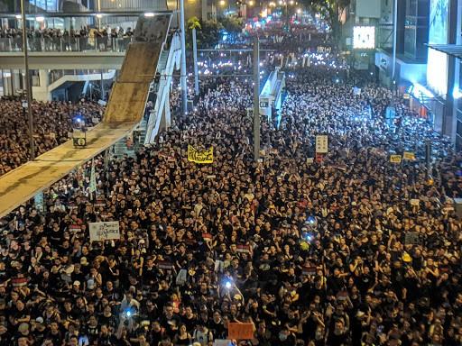领导台湾目前罢工的工会也积极支持香港近期的抗争运动。 //图片来源:Flickr,Studio Incendo