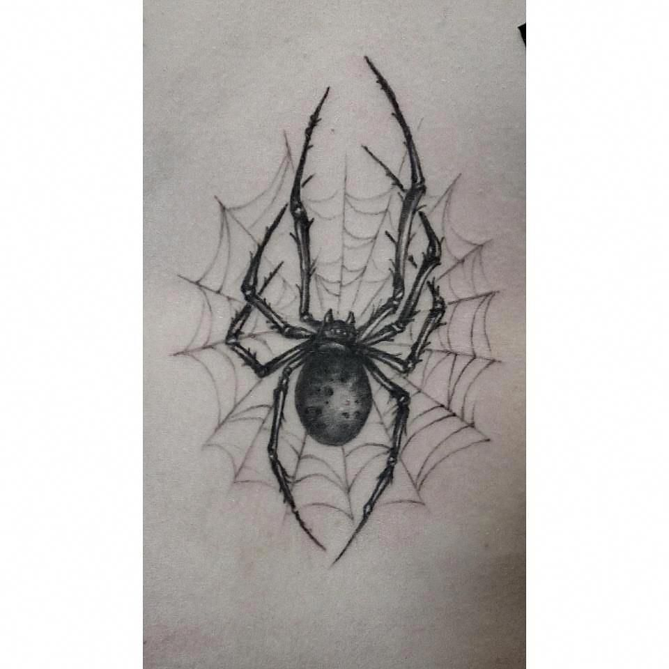 ลายสักแมงมุมขาวดำ 09
