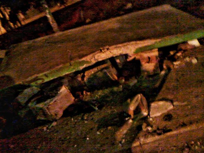 Impacto brutal termina destruyendo la garita de Malvinas en la que aguardaba una familia