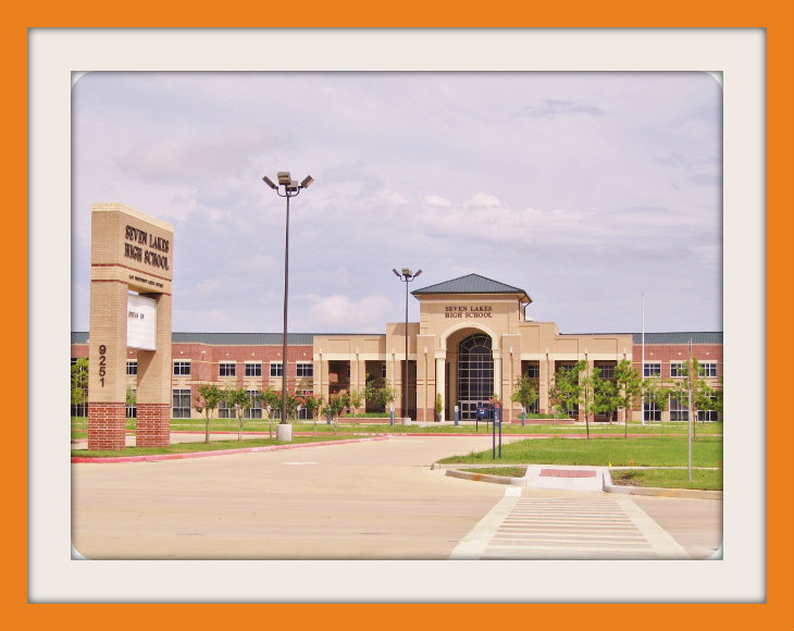 Seven Lakes High School.jpg