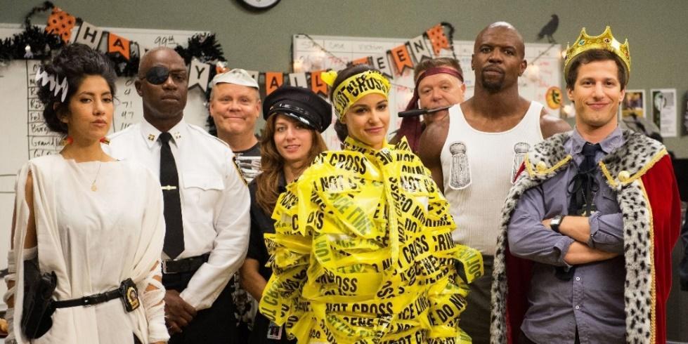 Every Brooklyn Nine-Nine Halloween Heist Episode, Ranked