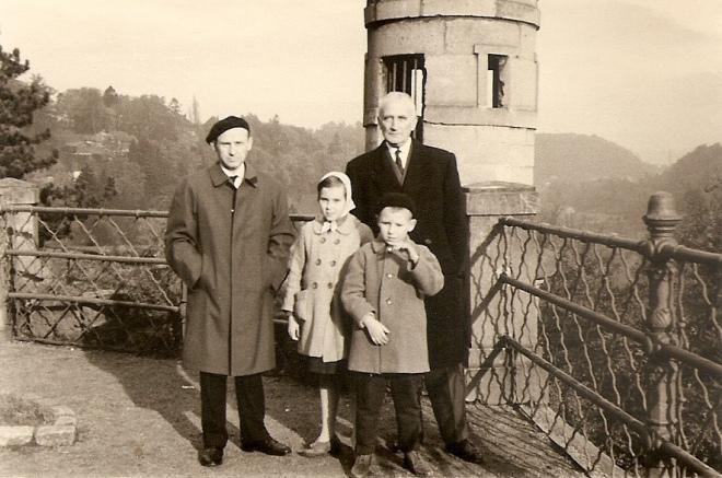 Олег Штуль з дітьми у Андрія Мельника. Люксембург 1962 рік