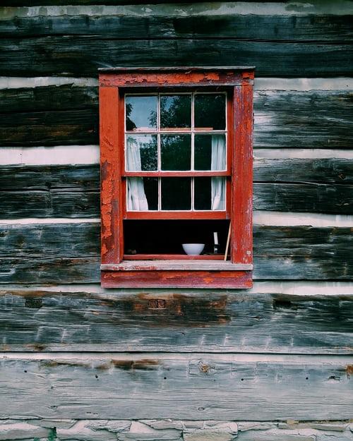 kovanie na plastové okná