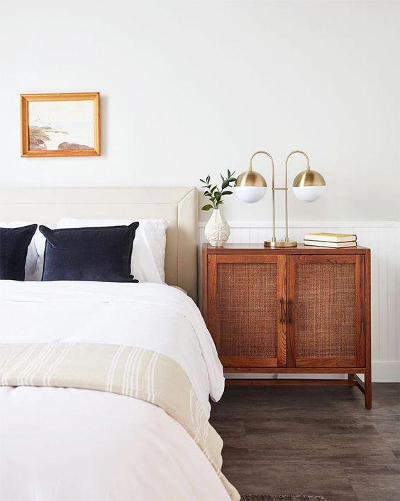 White Bedroom Table Lamp Ideas