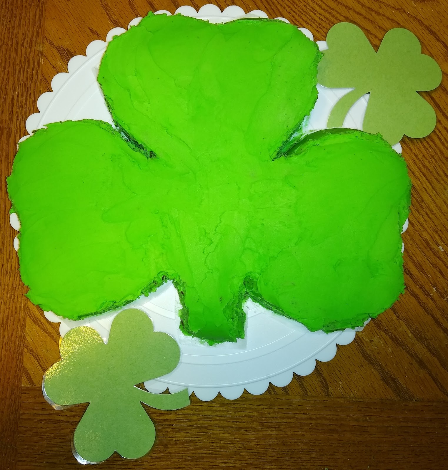 Guinness chocolate shamrock cake picture