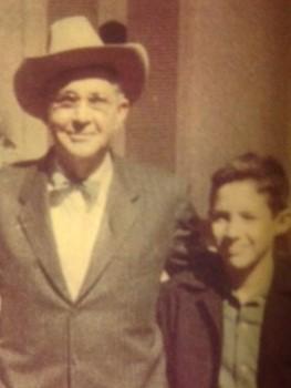 C:\Users\MLGaston\Pictures\My old pictures\Sanchez ancestors\Abu con sombrero y nietos (2).JPG
