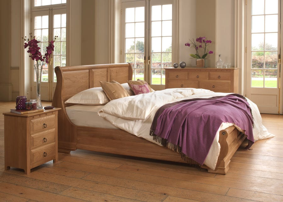 The Monaco Sleigh Bed paired with bedside cabinet and chest