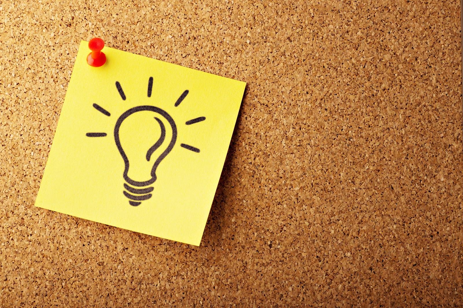 light bulb drawing on a sticky note