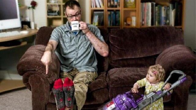 Babalara emanet edilen bebekler - Yeni Şafak