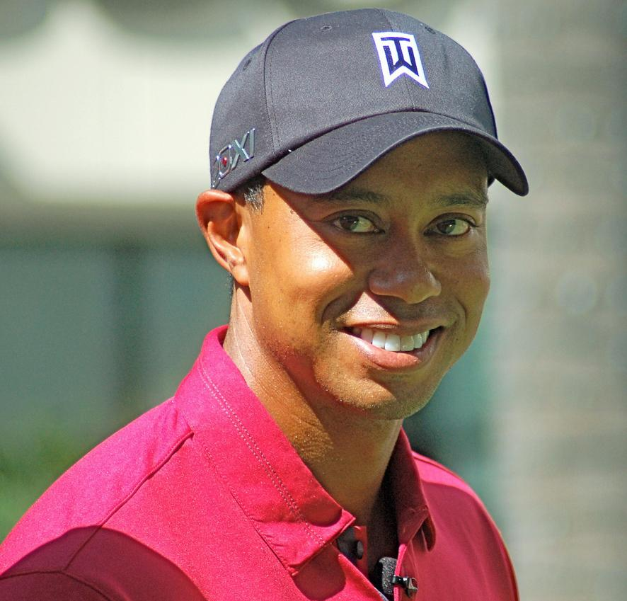 Tiger Woods dominant in golf