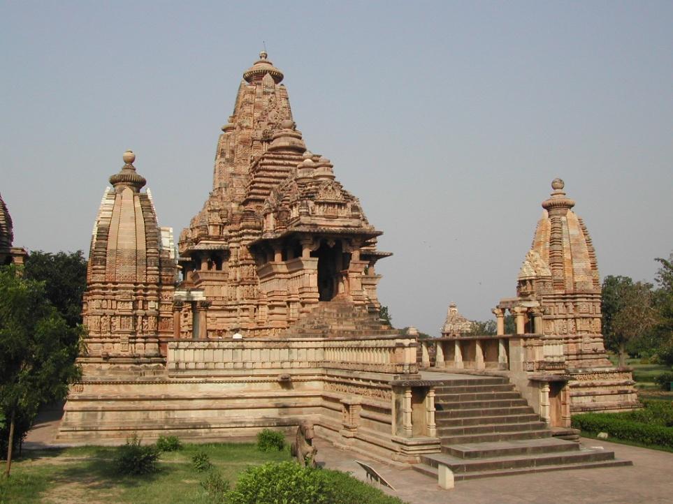 C:\Documents and Settings\MANSI\Desktop\Khajuraho-Lakshmana_temple.JPG