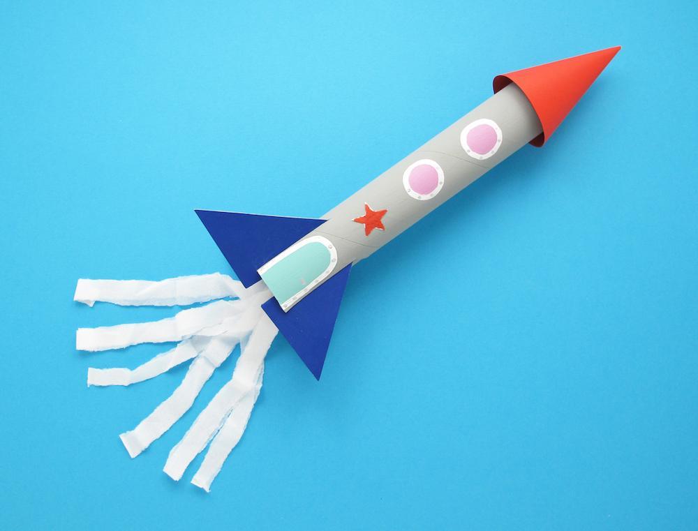 manualidades con papel cohete 05