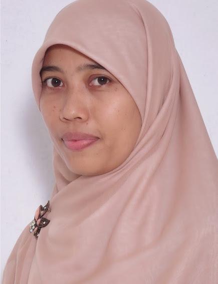 Atna Dewi, SH