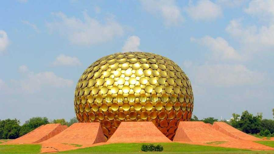 C:\Users\Pritam\Desktop\mama\pictures\Auroville, Pondicherry.jpg