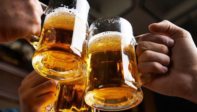 Uống bia rượu, dù tưởng ít, vẫn có thể làm bạn mắc 7 loại ung thư khác nhau - Ảnh 3.
