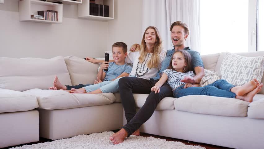 Furnitur dapat memberikan kenyamanan bagi pemilik rumah - source: shutterstock.com