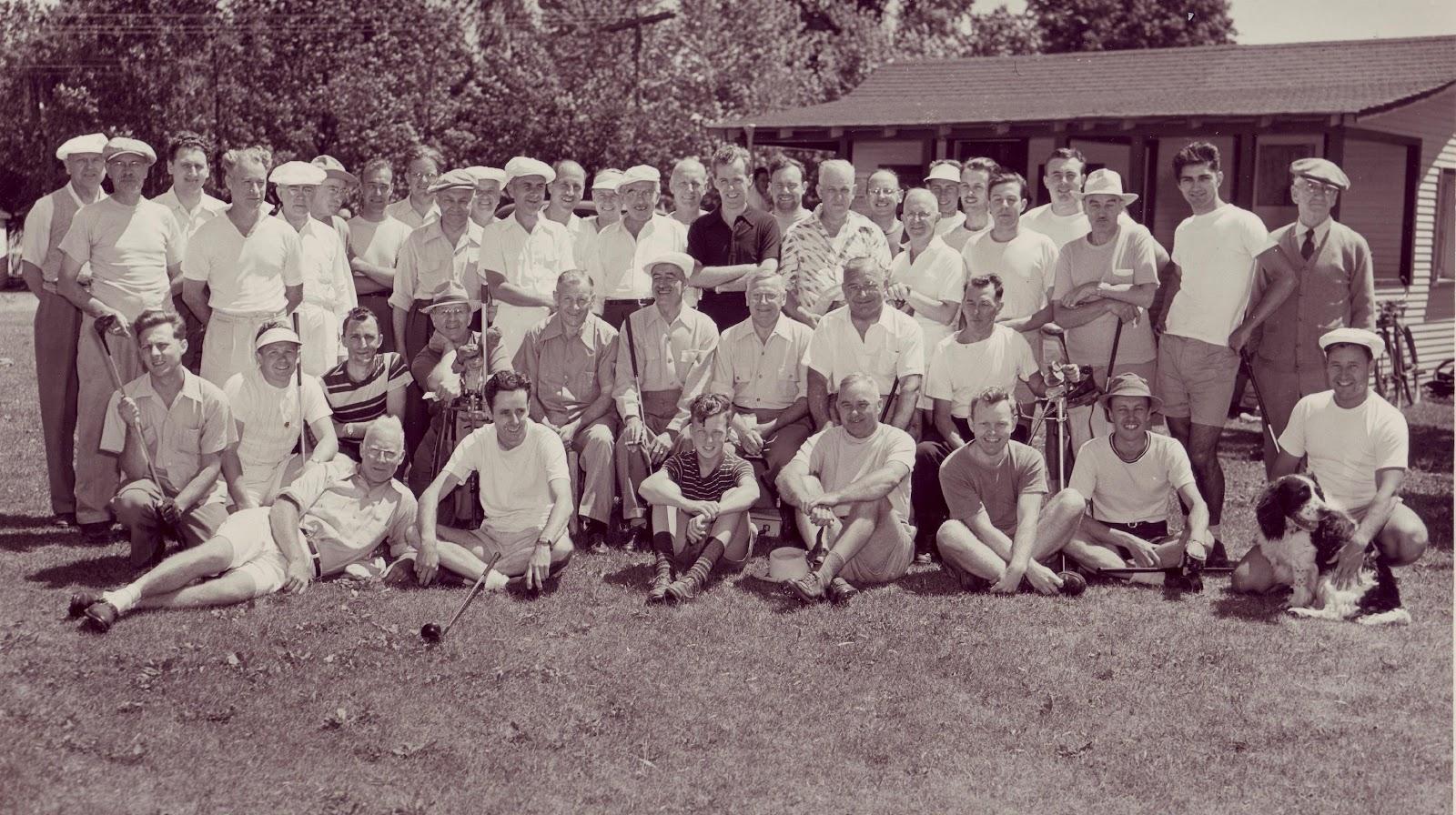 Macintosh HD:Users:BCGC:Downloads:Big cedar golfers.jpg