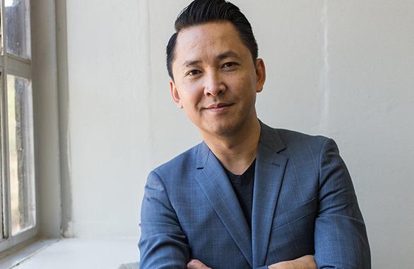 Nguyễn Thanh Việt - nhà văn gốc Việt đầu tiên vào ủy ban chấm giải Pulitzer - Ảnh 1.