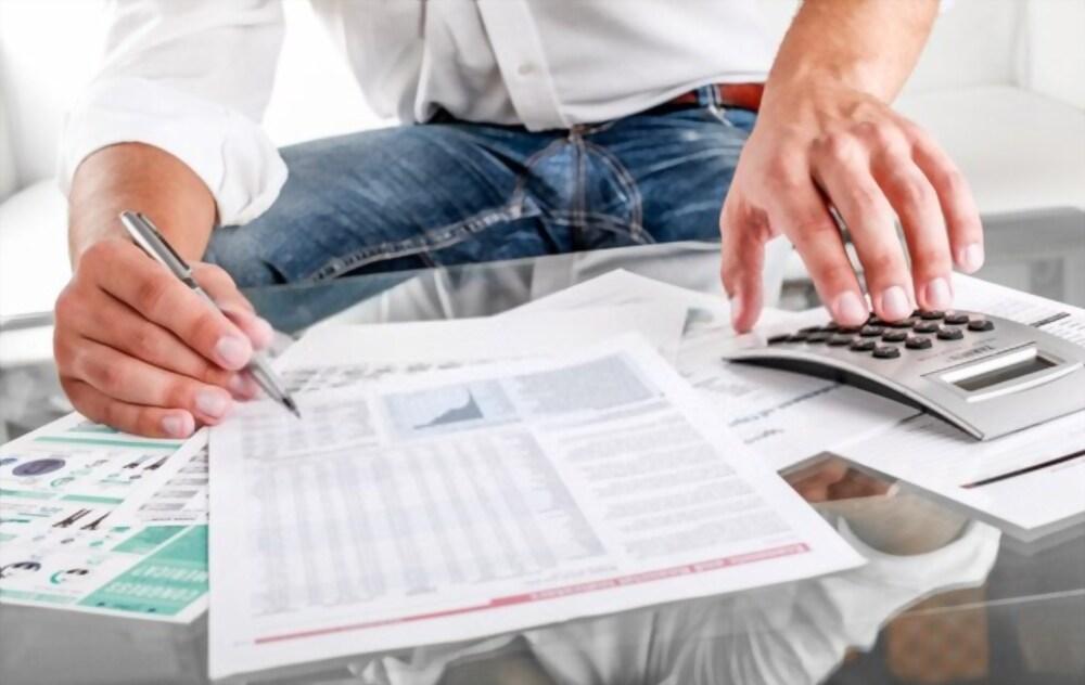 8 Killer Tips on How to Slash Your House Bills