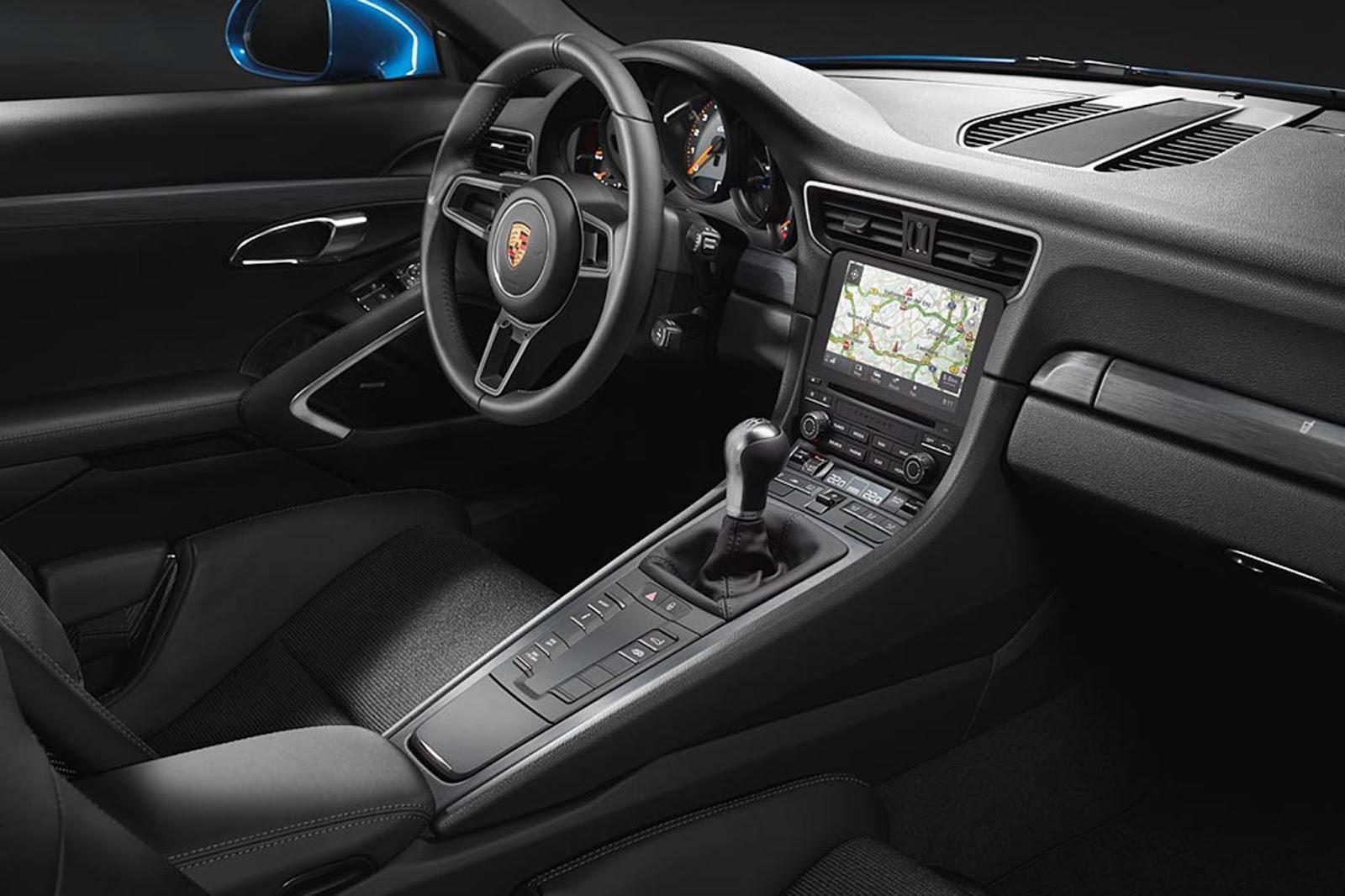 2018-porsche-911-gt3-touring-interior.jpg