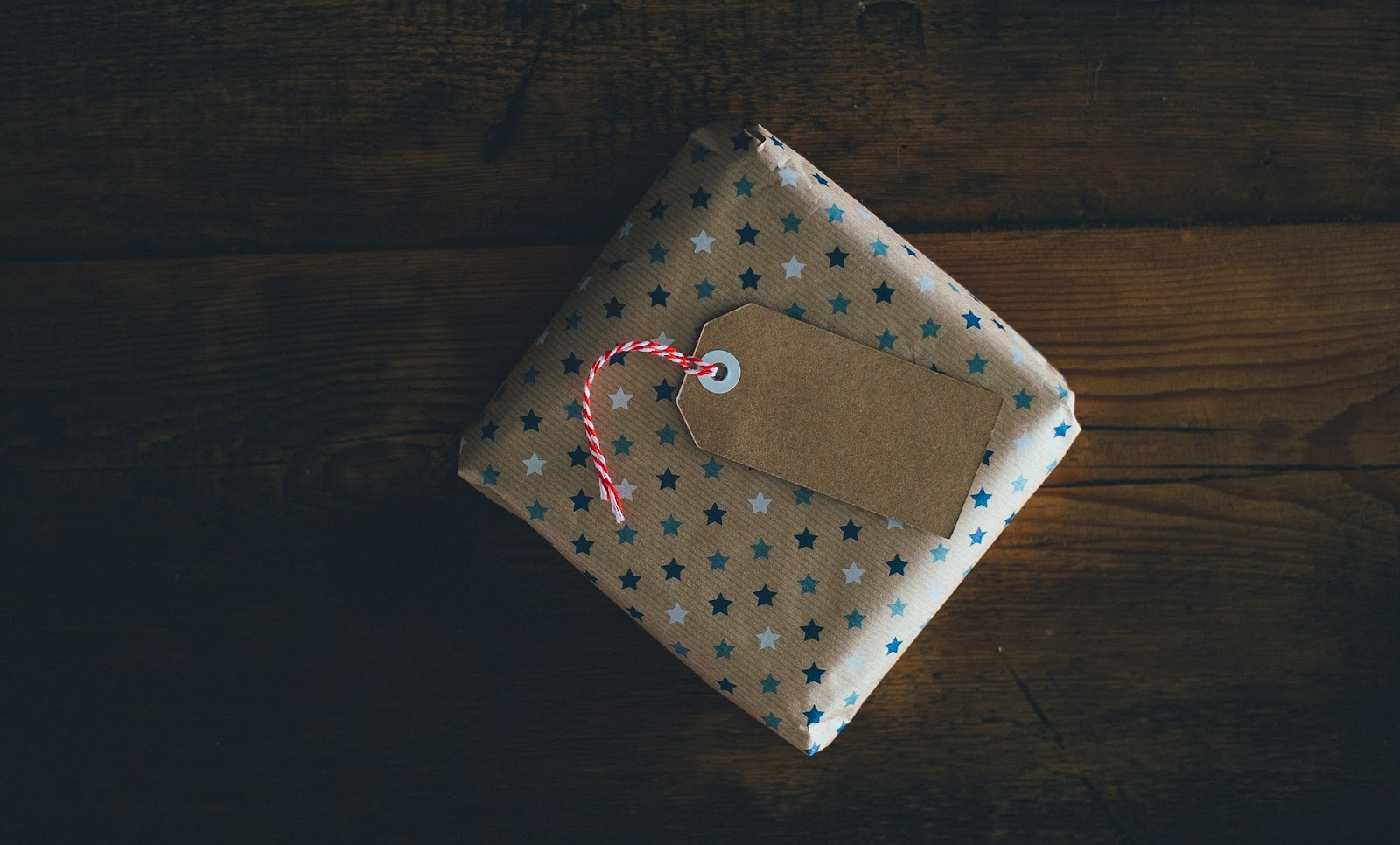 Holiday Gift Wrapping Tips from Randolph Towers-image