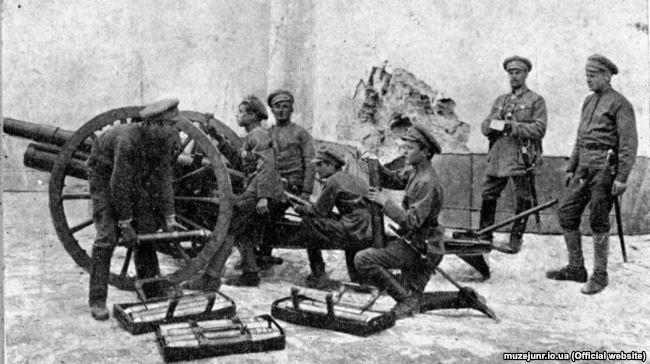 Гарматники Січових стрільців. Фотографія періоду 1917-18 років
