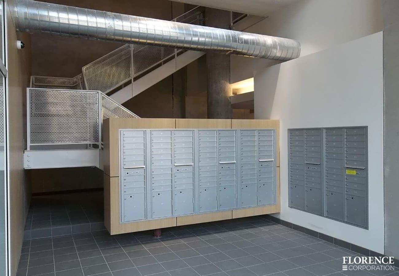 4B+ mailboxes repair