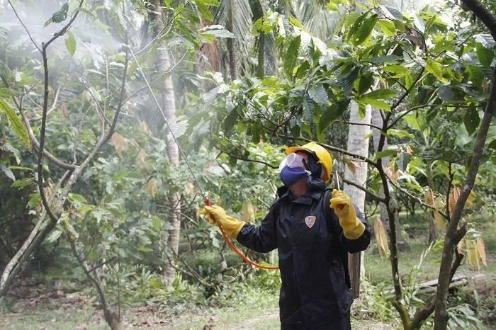 Ứng dụng mặt nạ phòng độc trong nông nghiệp