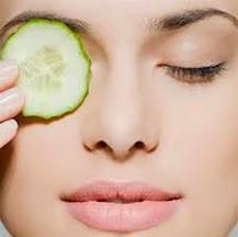 Chăm sóc vùng da quanh mắt giúp gương mặt tươi sáng hơn