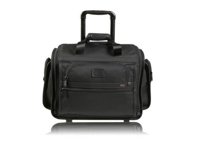 Mẫu vali 2 bánh độc đáo của hãng Tumi.