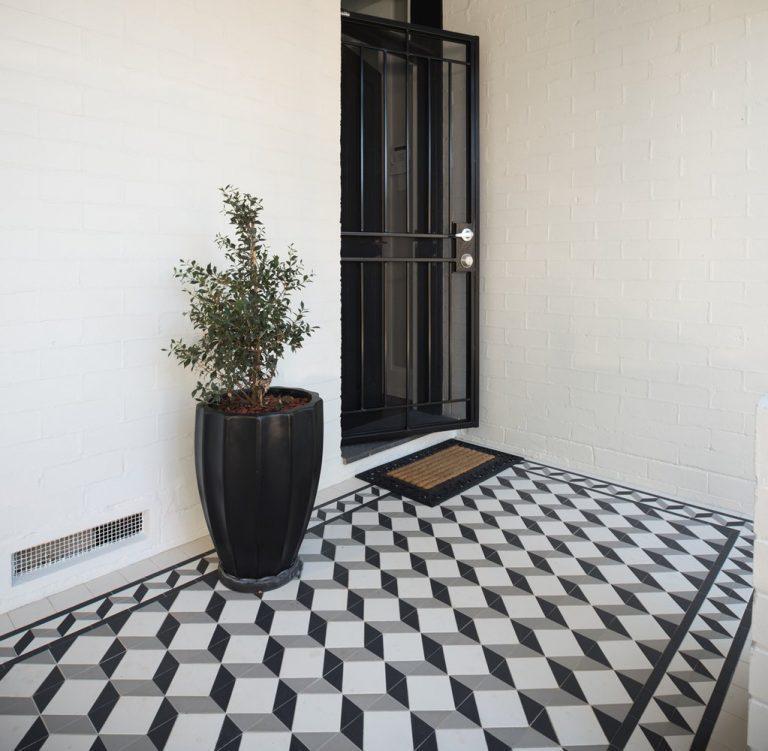 keramik teras rumah ilusi kotak hitam dan putih dengan efek 3d
