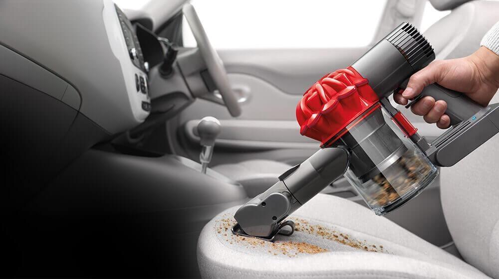 Car vacuum easily clean food crumbs Source: freshliving.in