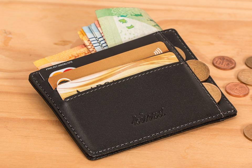 wallet-2668577_960_720.jpg