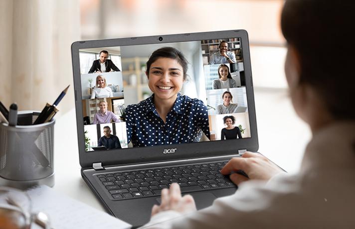 Aplikasi-video-conference-manfaat