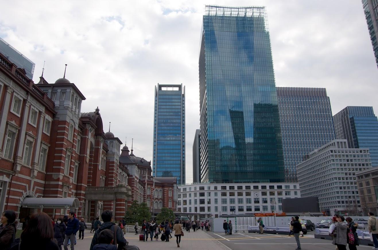 東京駅とJPタワー・KITTE