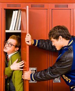 nerd bullied in locker