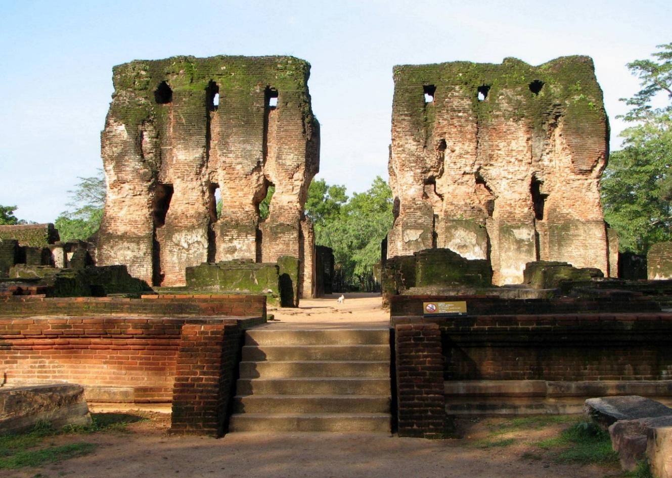 Kết quả hình ảnh cho Polonnaruwa