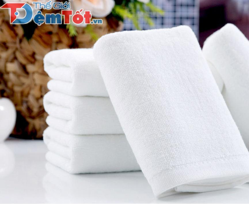 khăn tắm dành cho khách sạn