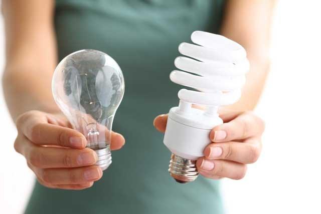 Đèn compact là lựa chọn tốt hơn và thay thế bóng đèn sợi đốt
