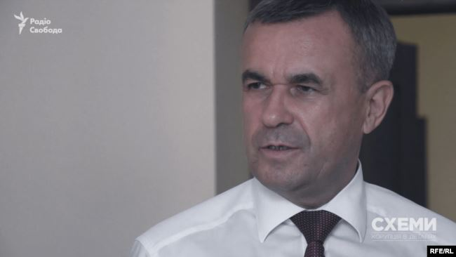 За зачиненими дверима згадана комісія рекомендувала ВРП закрити справу щодо притягнення до дисциплінарної відповідальності керівника Держсудової адміністрації Зеновія Холоднюка