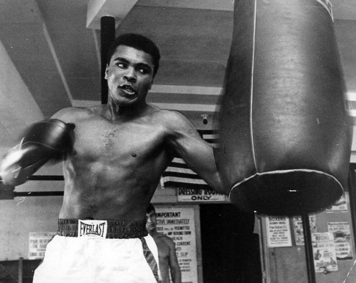 Ali tập quyền anh năm 1965