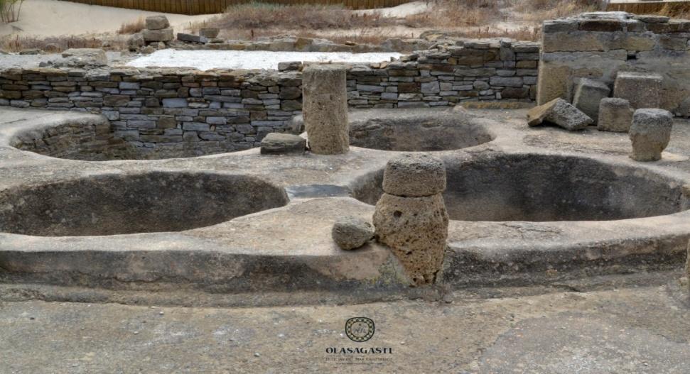 http://deliciasdelmarcantabrico.com/wp-content/uploads/2015/07/conservas-olasagasti-baelo-claudia-bolonia-ruinas-romanas-atun-almadraba.jpg